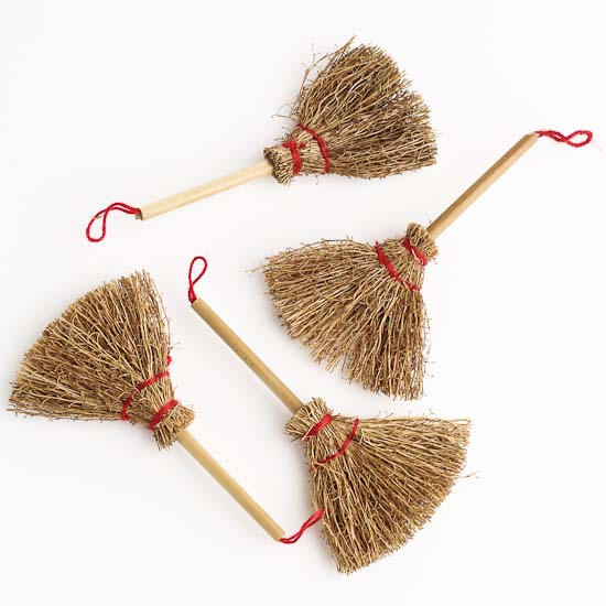 3 Quot Mini Flat Natural Straw Brooms 4pcs Doll