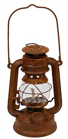 Reproduction Rusty Tin Railroad Lantern Western Theme