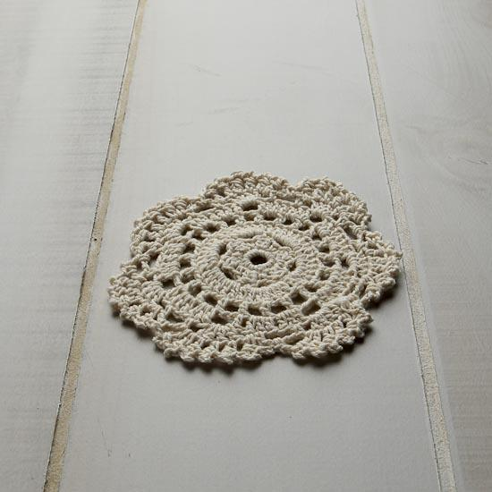 Crocheted doily afghan - fully illustrated crochet pattern