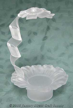 fresh flower holders for wedding cakes crystalique acrylic ribbon arch fresh flower holder cake 14472