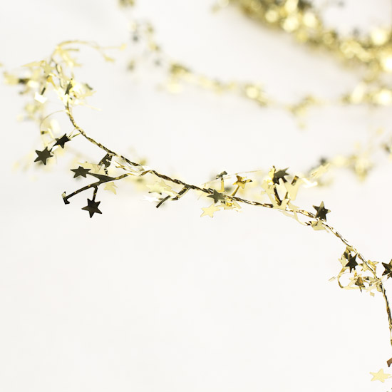 9 gold wired star tinsel garland