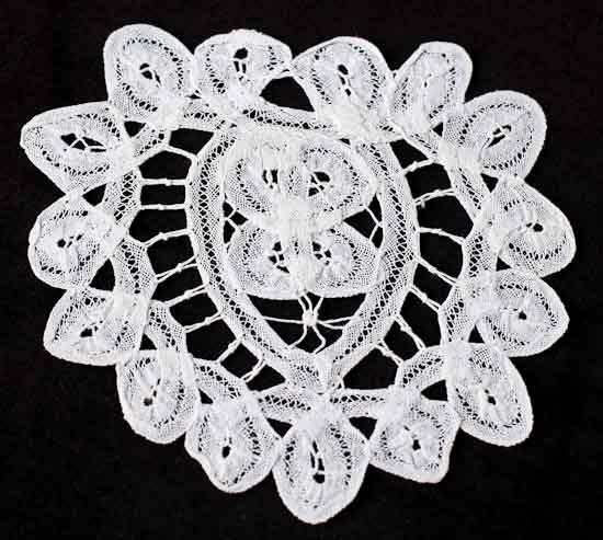 white heart battenburg lace doily crochet and lace doilies home