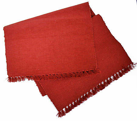 Country Ribbed Red Table Runner Textiles And Linens