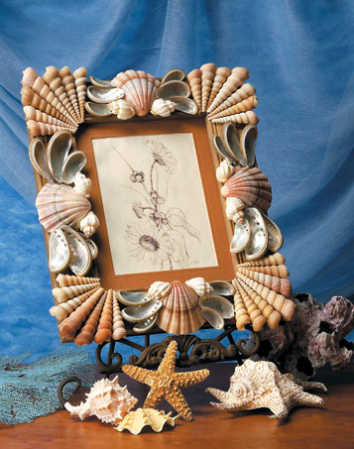 Christmas craft ideas repeat crafterseashell crafts for Sea shell craft ideas
