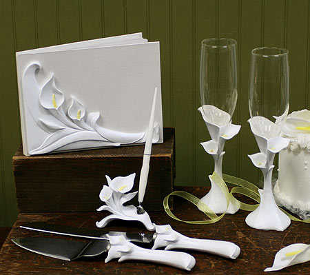 Calla Lily Toasting Flutes Calla Lilly Theme Wedding Themes Wedding