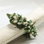 Apple Green and Cream Pip Berry Candle Ring