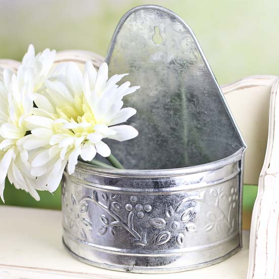Galvanized Embossed Half Round Wall Planter Baskets Buckets