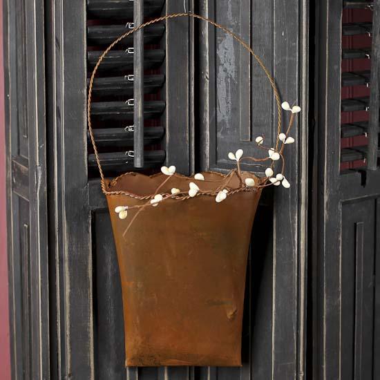 Rusty Tin Hanging Flower Pocket