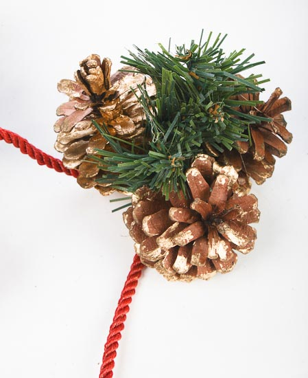 Brushed gold natural pine cones artificial rope