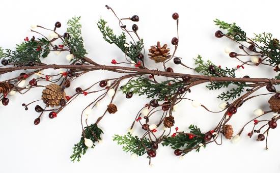 """60"""" Christmas Cedar Pine Cone And Berry Garland"""