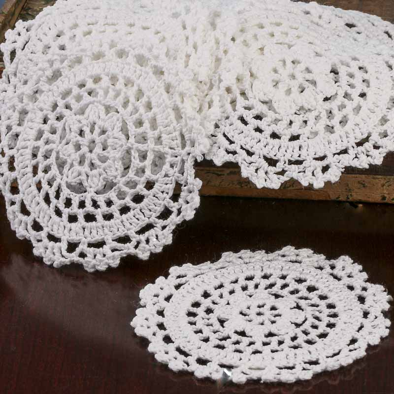 Crochet Doilies : White Round Crocheted Doilies - Crochet and Lace Doilies - Home Decor