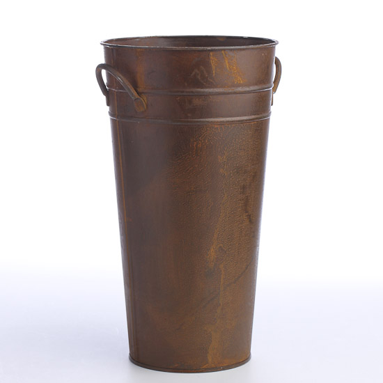Rusted metal french flower bucket pails tubs and for Large galvanized buckets for flowers