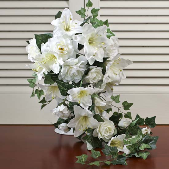 cream artificial lily and gardenia cascading bouquet bushes and bouquets floral supplies. Black Bedroom Furniture Sets. Home Design Ideas