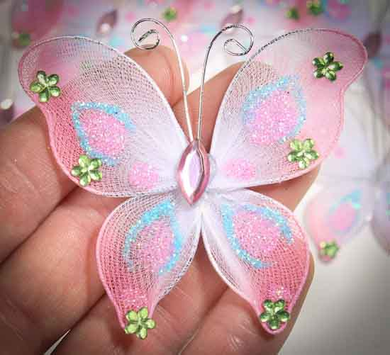 Crafting butterfly from pantyhose