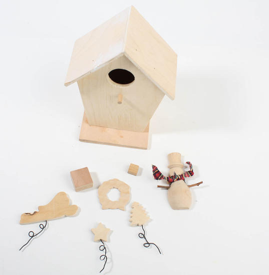 Christmas Birdhouses Crafts.Unfinished Christmas Birdhouse Kit Birdhouses And Houses