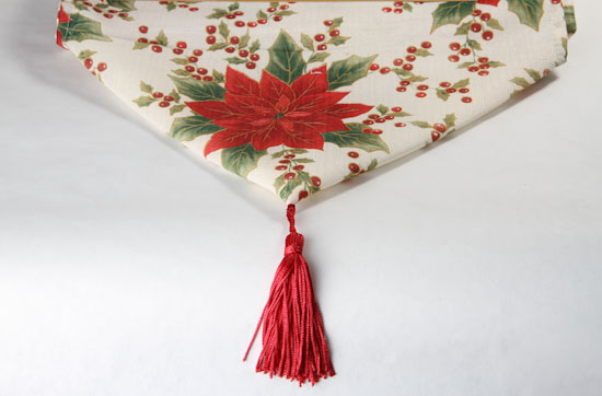 Poinsettia holiday Home Table runners Decor  table christmas Linens  Runner Table  Holiday