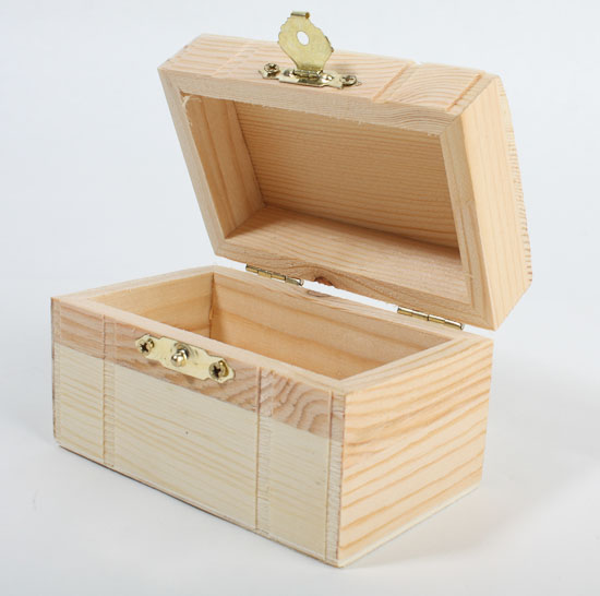 Unfinished wood treasure chest keepsake box baskets