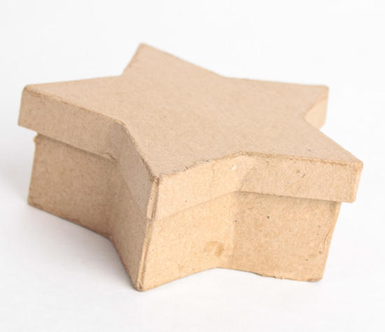 Paper mache star boxes paper mache basic craft for Craft paper mache boxes