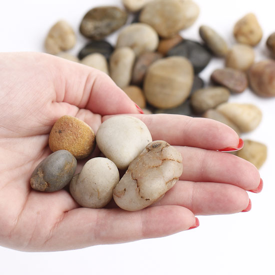 Natural decorative river rocks vase fillers table for Decorative river stones