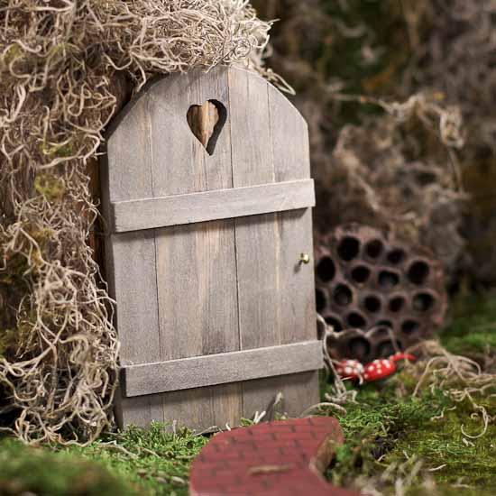 Mini fairy garden wooden door fairy garden miniatures for Make fairy door craft