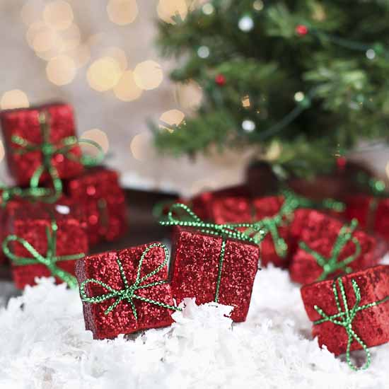 Miniature Red Glitter Gift Boxes - Christmas Ornaments - Christmas ...