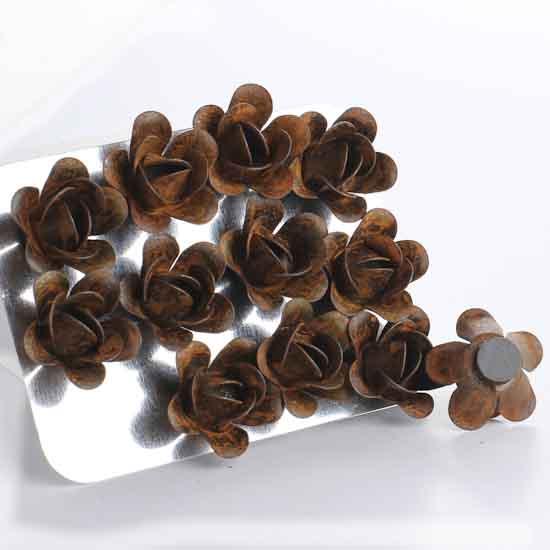 Miniature Rusty Metal Magnetic Rosebuds Pins Amp Magnets