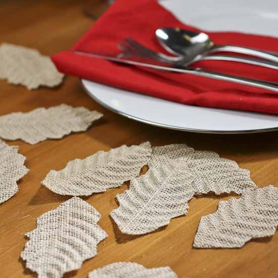 Burlap fabric holly leaves holiday florals christmas for Burlap fabric projects