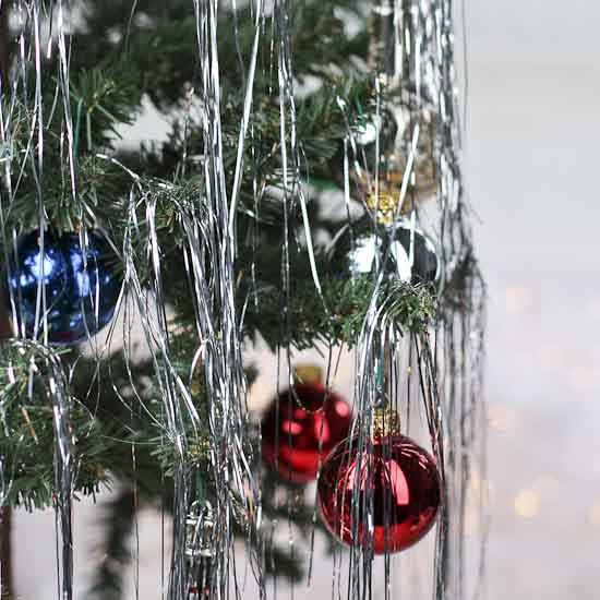 Retro Inspired Silver Metallic Tinsel Strands - Christmas Garlands ...