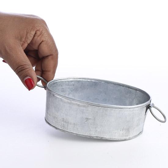 Small vintage look galvanized metal oval tub baskets for Galvanized metal buckets small