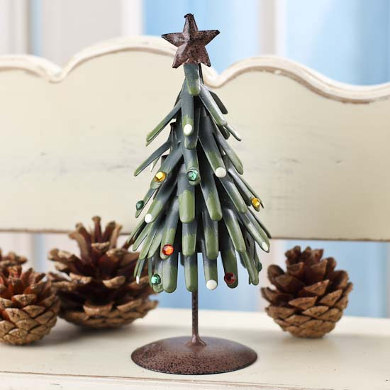 Metal Christmas Tree.Rustic Metal Christmas Tree