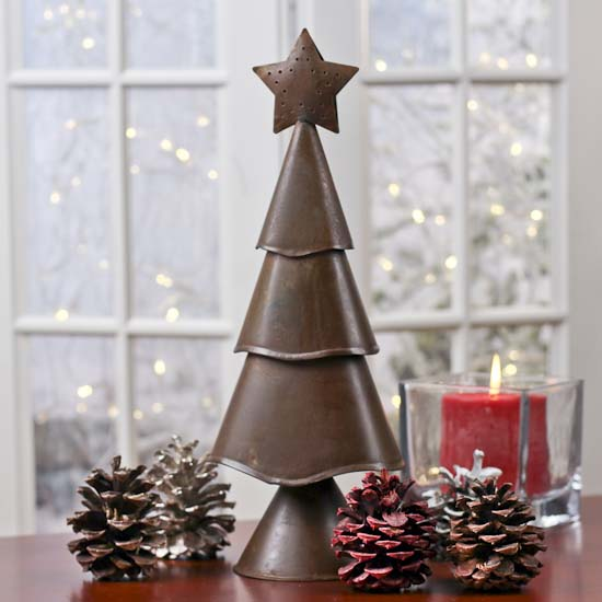 Primitive Rusty Tin Christmas Tree - Table and Shelf Sitters ...