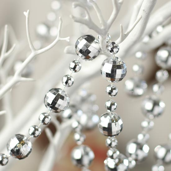 Silver Bead And Globe Garland Christmas Garlands