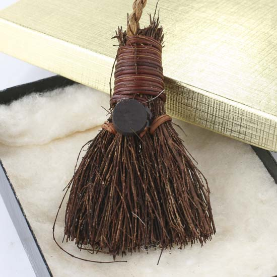Small Southern Broom Magnet Ornament Straw Brooms Fall