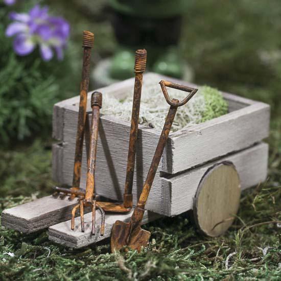 Teeny tiny miniature rusted garden tools fairy garden for Miniature garden tools