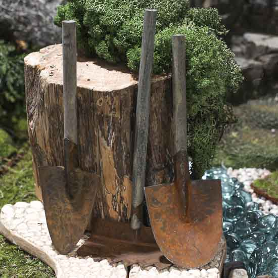 Rusty Garden Tools What 39 S New Dollhouse Miniatures Doll Making Supplies Craft Supplies