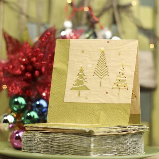 Christmas Tree Napkin Pattern: Modernized Christmas Tree Paper Napkins