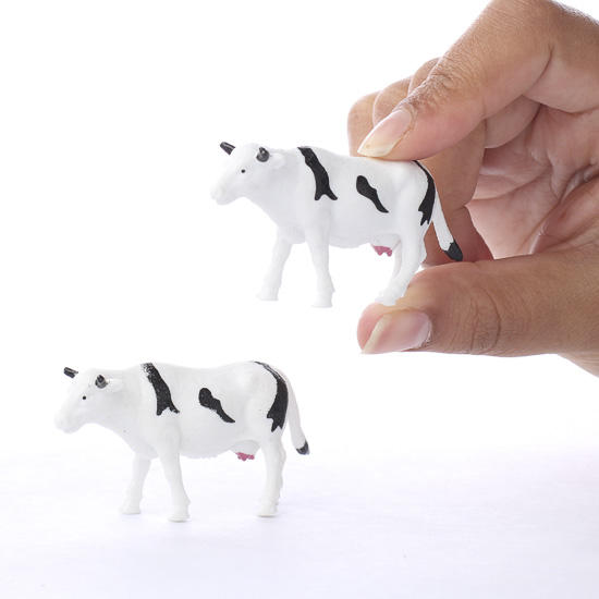 Miniature Dairy Cows - Animal Miniatures - Dollhouse ... | 550 x 550 jpeg 22kB