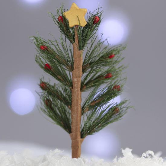 Charley Brown Christmas Tree: Mini Charlie Brown Christmas Tree