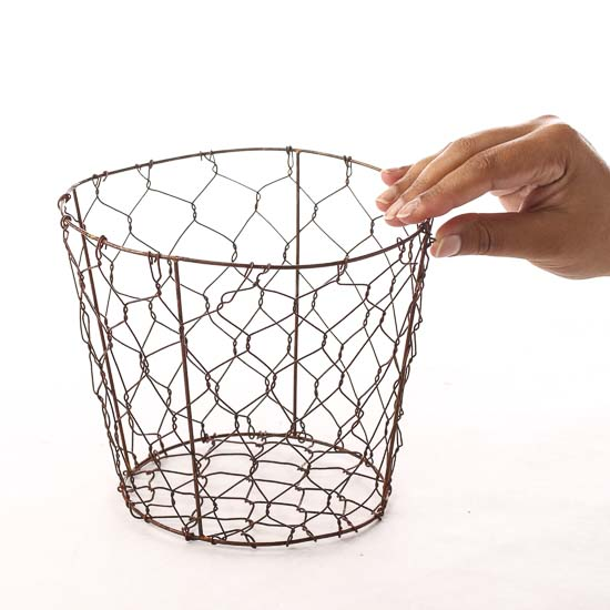 Decorative Chicken Wire Planters