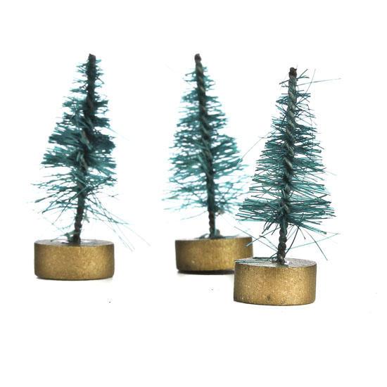 Mini green bottle brush trees christmas miniatures for Miniature christmas trees for crafts