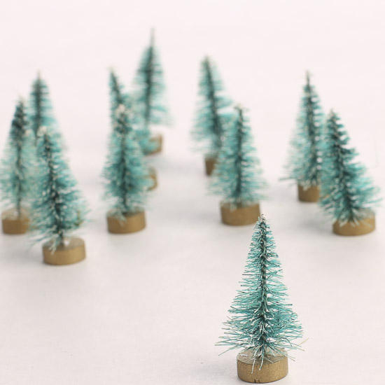 Miniature frosted bottle brush trees christmas for Miniature christmas trees for crafts