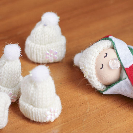 Tiny white knitted hats christmas miniatures christmas for Tiny top hats for crafts