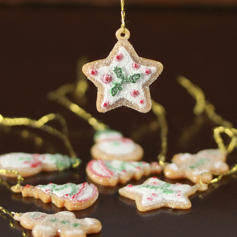 miniature gingerbread ornaments - Miniature Christmas Decorations Uk