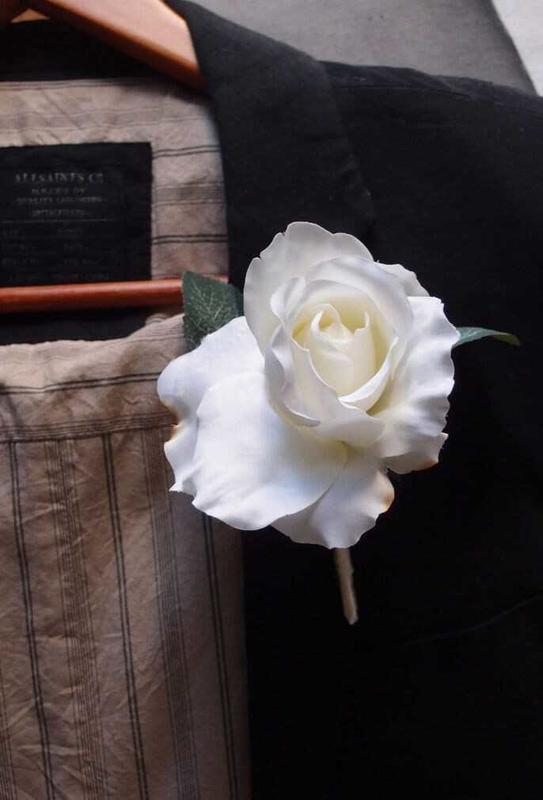 Silk Rose Boutonniere Lapel Pins Corsage Boutonniere