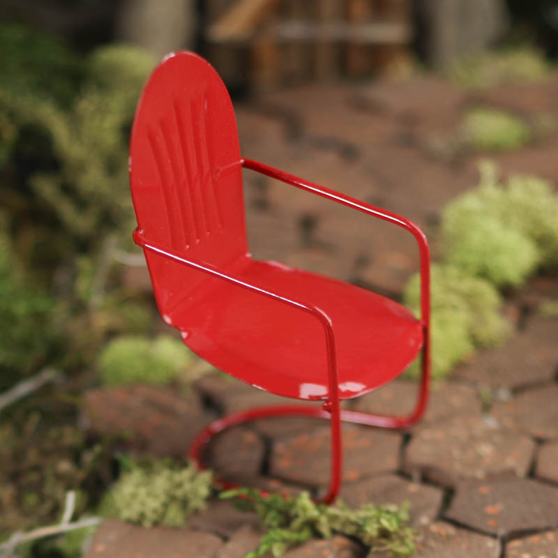 Gnome Garden: Miniature Red Lawn Chair