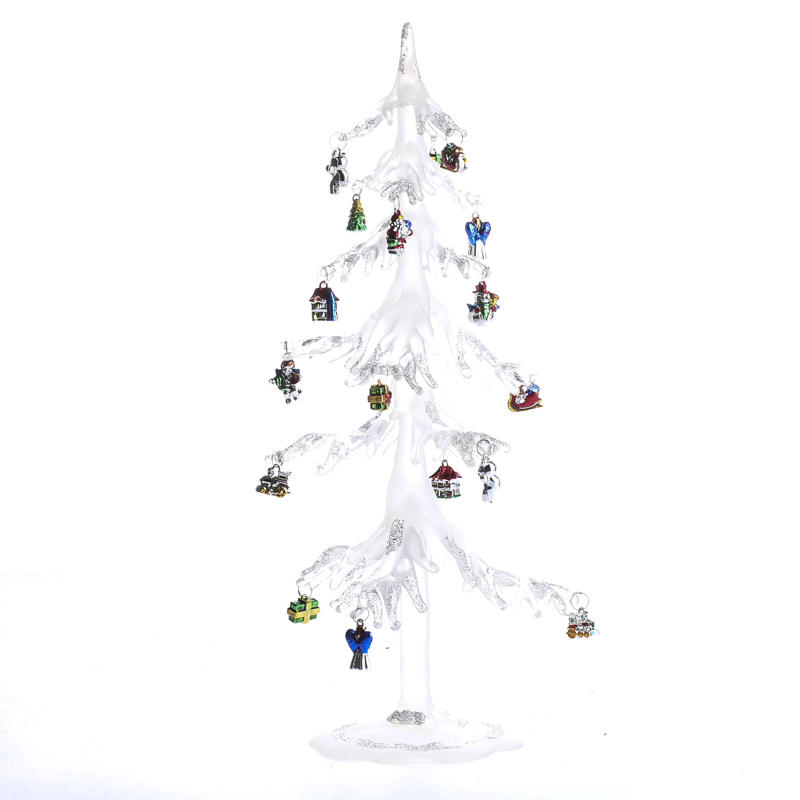 Christmas Decorations Icicle Ornaments: Icicle Christmas Tree With Ornaments