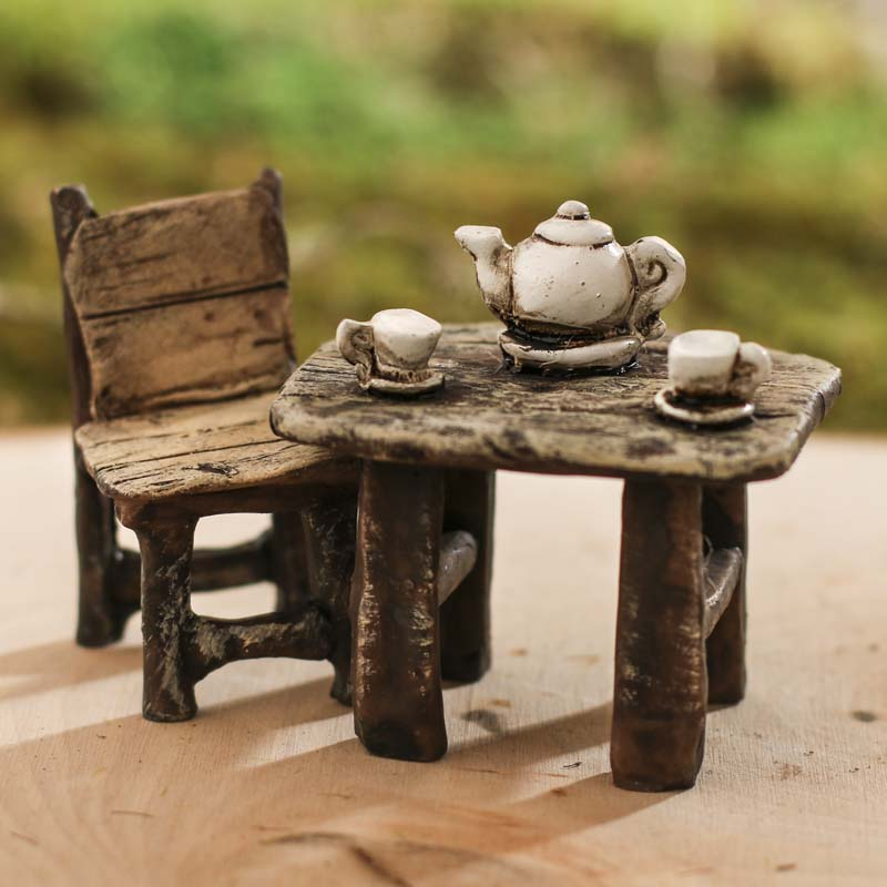 Miniature Rustic Table And Chair Teatime Set