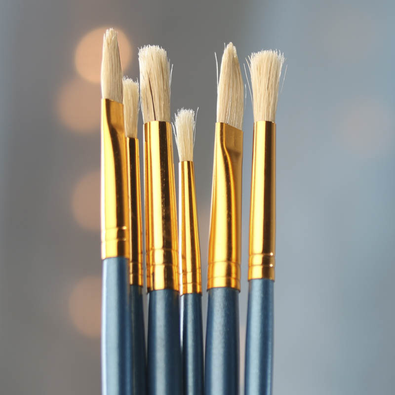 http://factorydirectcraft.com/pimages/20150323142301-633716/natural_hair_bristle_paint_brush.jpg?vm=r