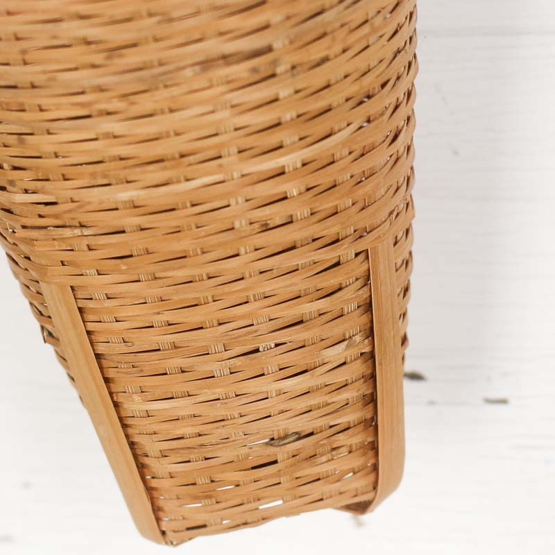 wicker cone wall hanging basket baskets floral supplies craft supplies. Black Bedroom Furniture Sets. Home Design Ideas