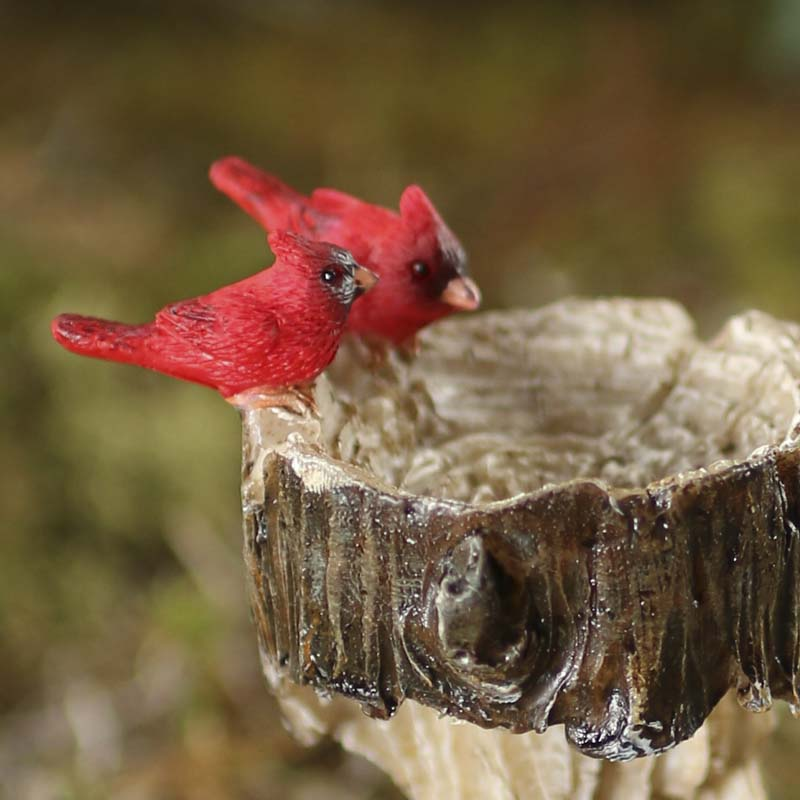 Miniature Cardinal And Tree Trunk Bird Bath Table And